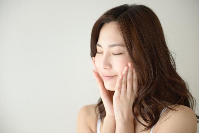 初めて紫外線対策の重要さを提唱した化粧品コスメブランド